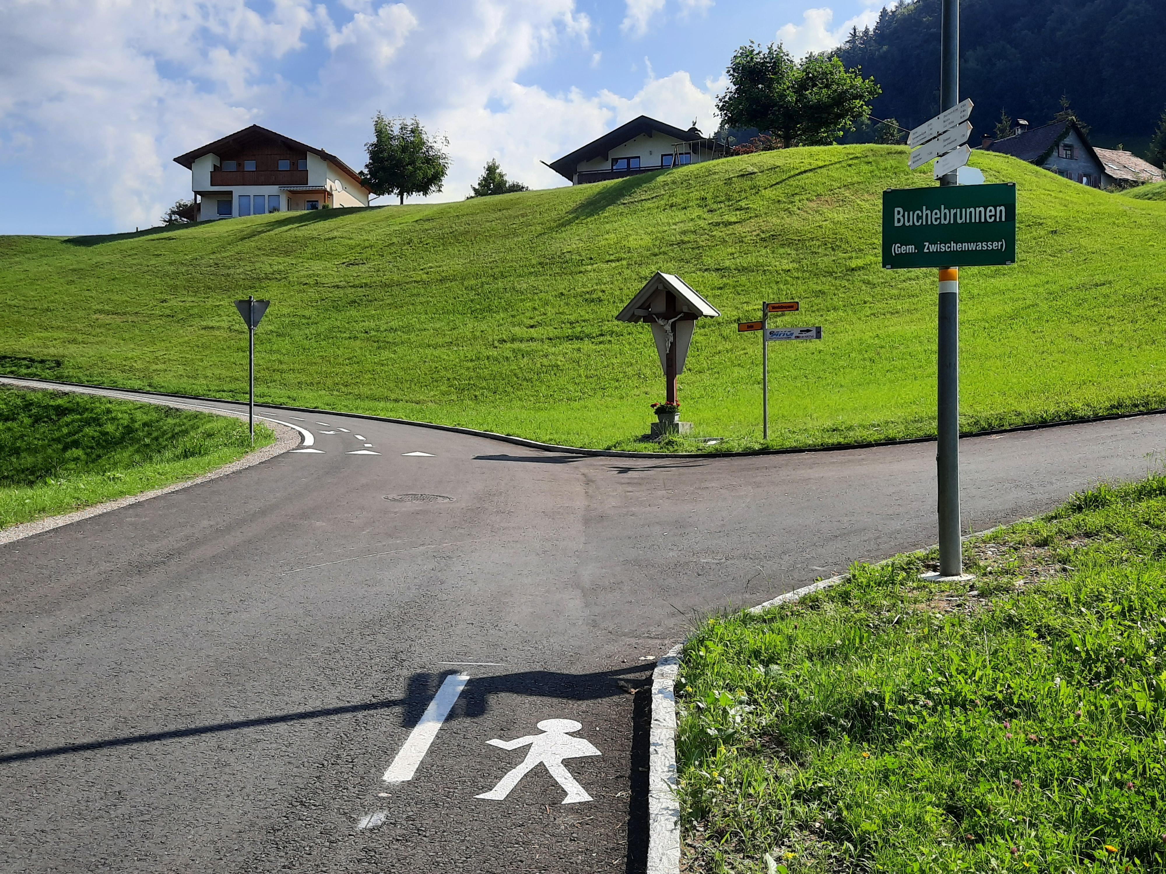 Boden fertigstellung incl. Straßenmarkierung (2).jpg